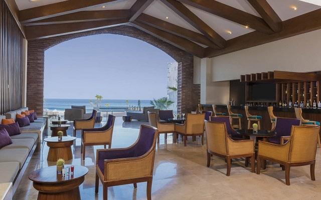 Hotel Reflect Krystal Grand Los Cabos, lujo y diseño en cada sitio