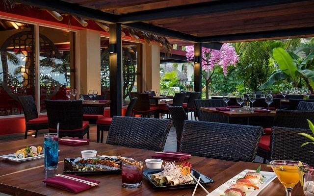 Hotel Reflect Krystal Grand Nuevo Vallarta, gastronomía de calidad