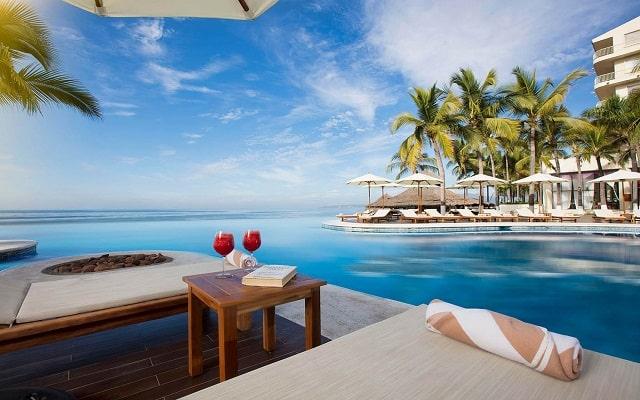 Hotel Reflect Krystal Grand Nuevo Vallarta, amenidades en cada sitio
