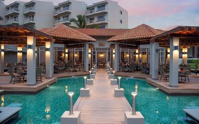 Hotel Reflect Krystal Grand Nuevo Vallarta, elegantes restaurantes