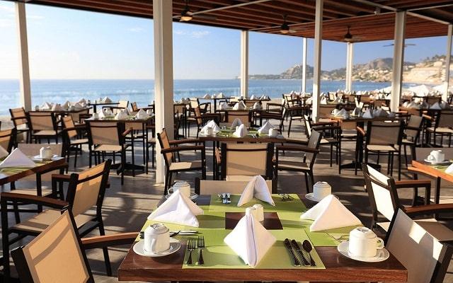 Hotel Reflect Los Cabos Resort & Spa, sitio ideal para tus alimentos