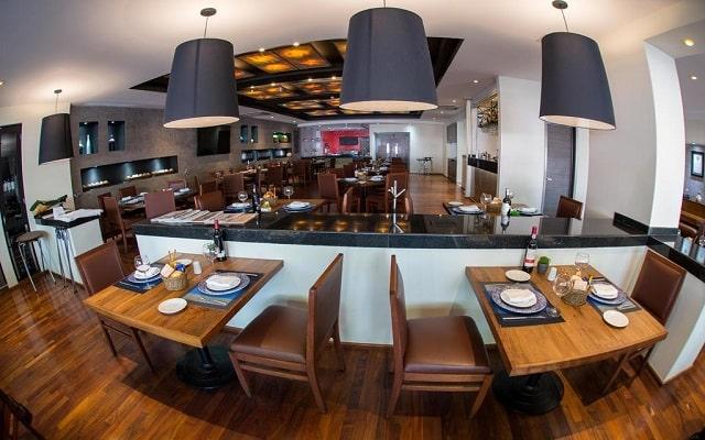 Hotel Riazor Aeropuerto, escenario ideal para tus alimentos