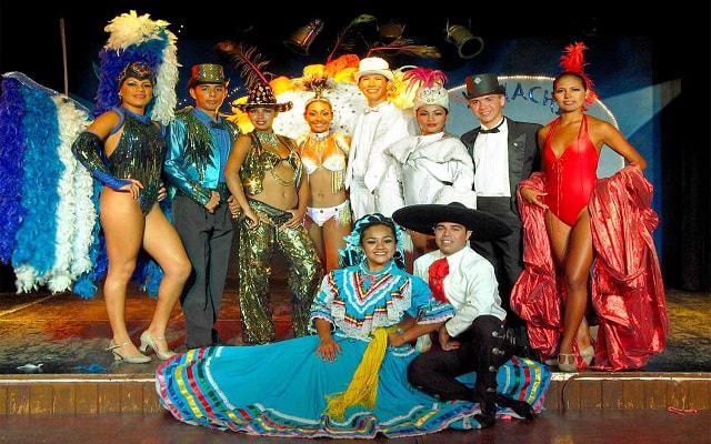 Hotel Ritz Acapulco, ofrece espectáculos nocturnos