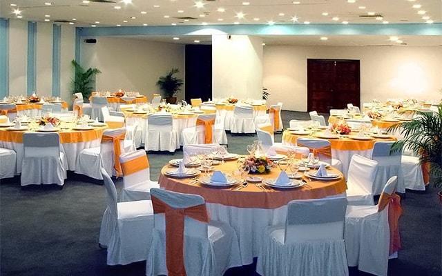 Hotel Ritz Acapulco, dispone de salones para eventos