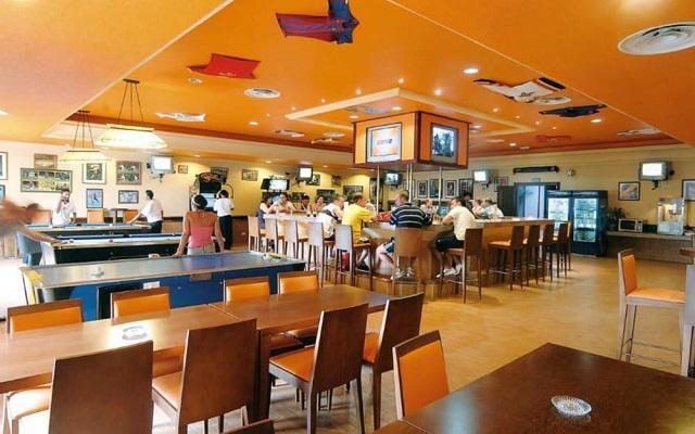Hotel Riu Cancún All Inclusive, Sports Bar