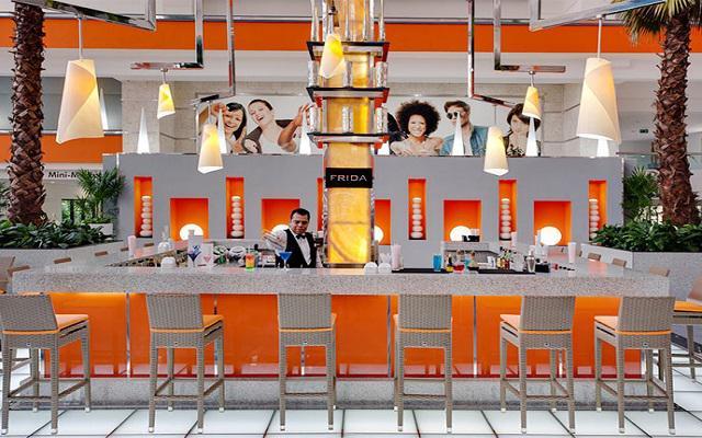Hotel Riu Caribe, Lobby Bar