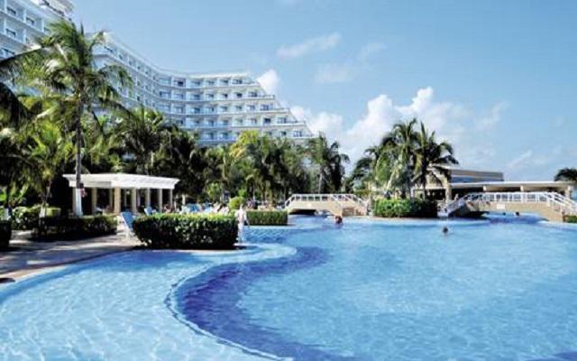 Hotel Riu Caribe, sitio ideal para refrescarte