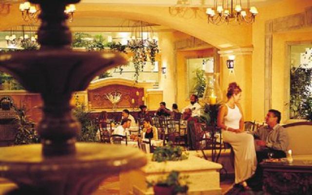 Hotel Riu Caribe, escenarios ideales para tus alimentos