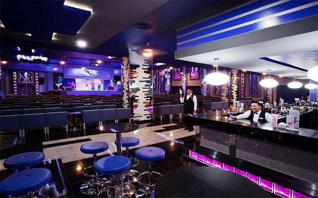Hotel Riu Caribe, shows en vivo en el teatro