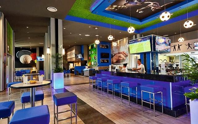 Hotel Riu Dunamar, disfruta tu bebida favorita