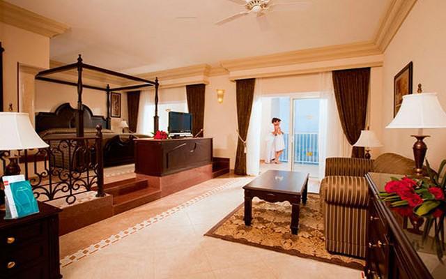 Hotel Riu Emerald Bay, espacios diseñados para tu descanso