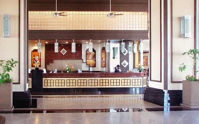 Hotel Riu Emerald Bay, atención personalizada desde el inicio de tu estancia