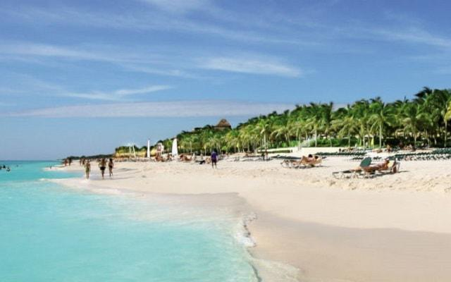 Hotel Riu Lupita, cuenta con club de playa