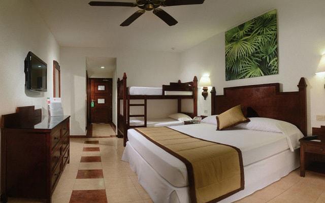 Hotel Riu Lupita, habitaciones familiares