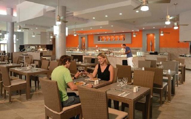 Hotel Riu Lupita, menús de cocina internacional