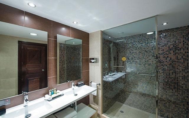 Hotel Riu Palace Cabo San Lucas, amenidades de calidad