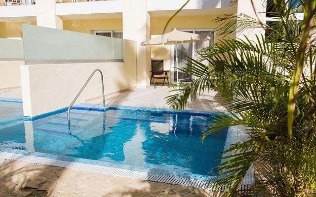Hotel Riu Palace Cabo San Lucas, habitaciones con alberca privada