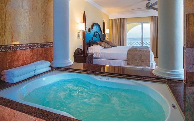 Hotel Riu Palace Cabo San Lucas, espacios diseñados para tu descanso
