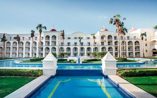 Hotel Riu Palace Cabo San Lucas, atención personalizada desde el inicio de tu estancia