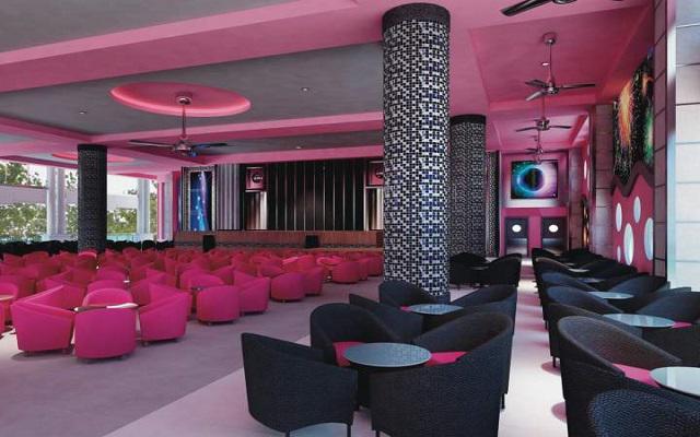 Hotel Riu Palace Las Américas, shows en vivo en el teatro