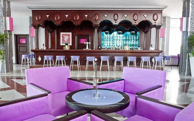 Hotel Riu Palace México, Bar Cubano