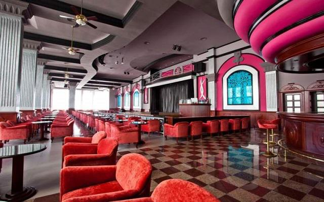 Hotel Riu Palace México, Teatro