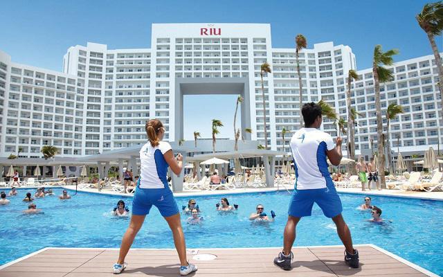 Hotel Riu Palace Península All Inclusive, diviértete con las actividades del equipo de animación