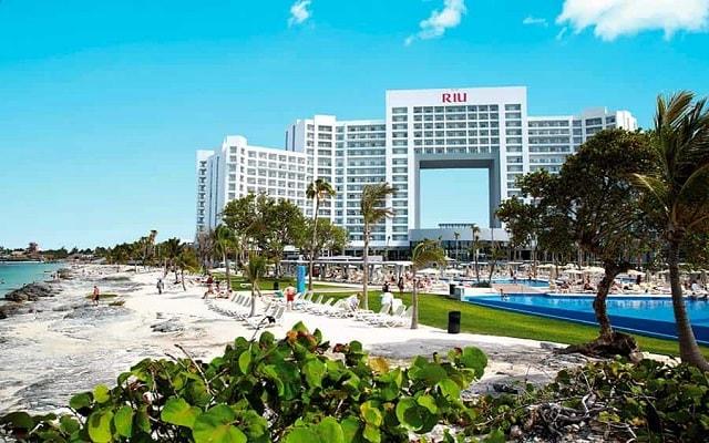 Hotel Riu Palace Península All Inclusive, la playa a unos pasos