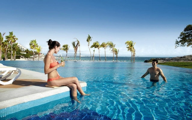 Hotel Riu Palace Península All Inclusive, refréscate en una de sus 4 albercas