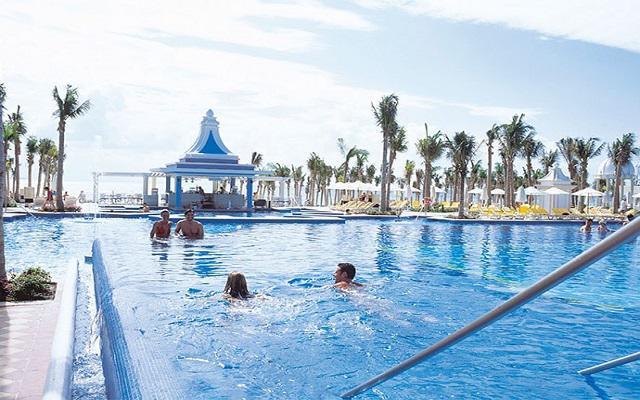 Hotel Riu Palace Riviera Maya, divertidos momentos con amigos
