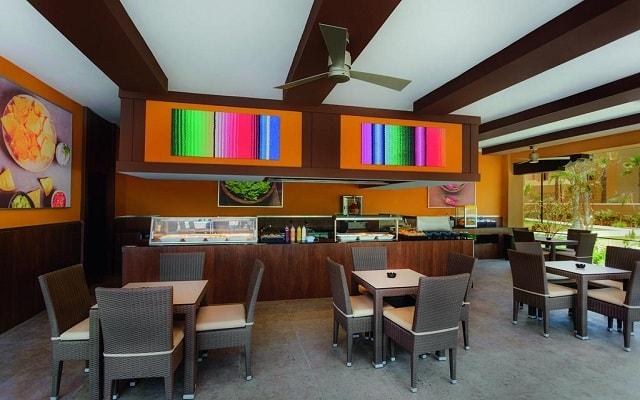 Hotel Riu Santa Fe, variados menús para tus alimentos