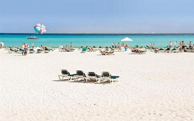 Hotel Riu Tequila, espacios acondicionados para que descanses en la playa