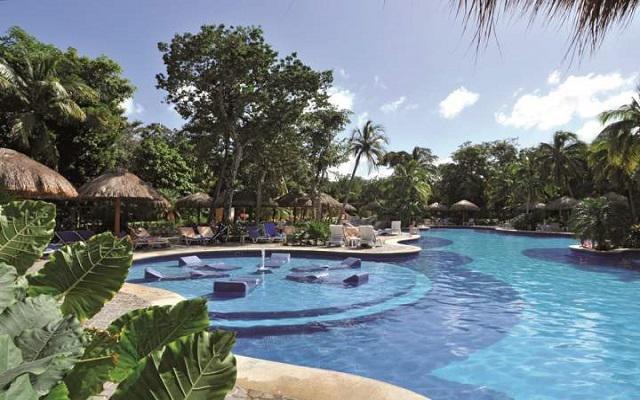 Hotel Riu Tequila, disfruta de la alberca al aire libre