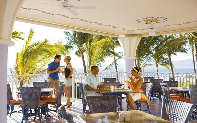 Hotel Riu Vallarta All Inclusive, Bar La Boheme