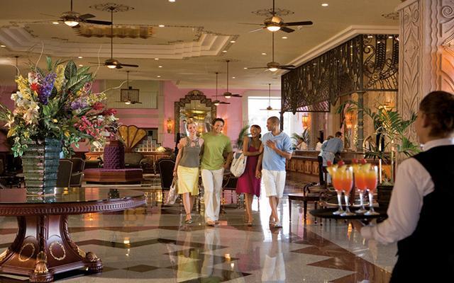 Hotel Riu Vallarta All Inclusive, atención personalizada desde el inicio de su estancia