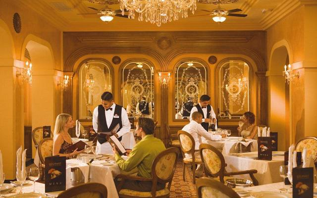 Hotel Riu Vallarta All Inclusive, Restaurante San Rafael