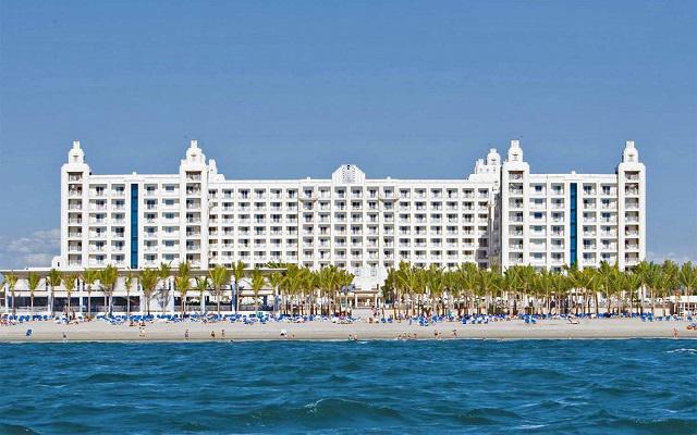 Hotel Riu Vallarta All Inclusive, buena ubicación a pie de playa