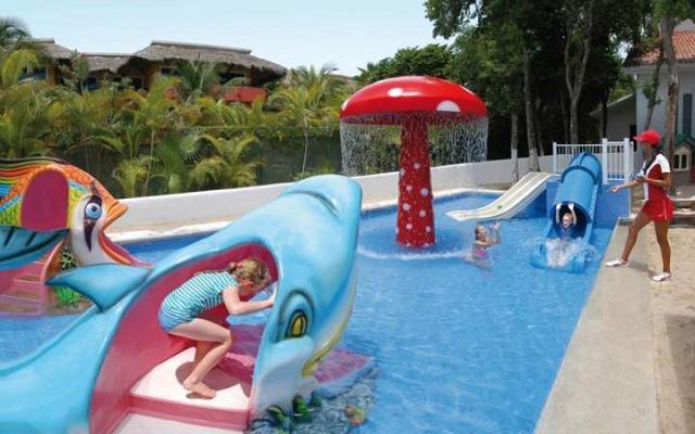 Hotel Riu Yucatán, alberca infantil para que los pequeños se diviertan