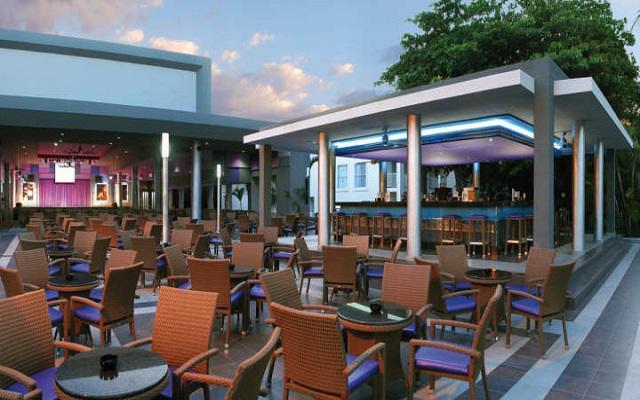 Hotel Riu Yucatán, espacios agradables para disfrutar en compañía