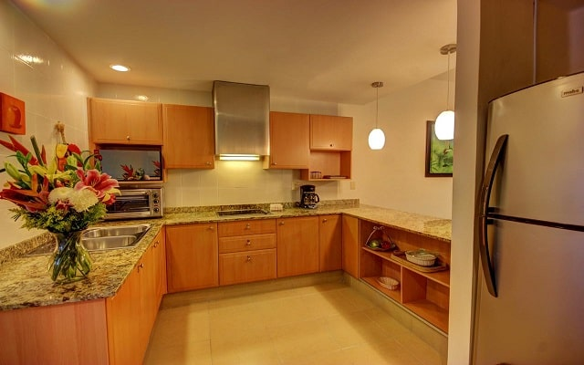 Hotel Riviera Maya Suites, cocina equipada
