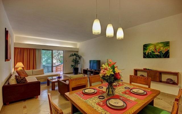 Hotel Riviera Maya Suites, sus habitaciones cuentan con todas las amenidades