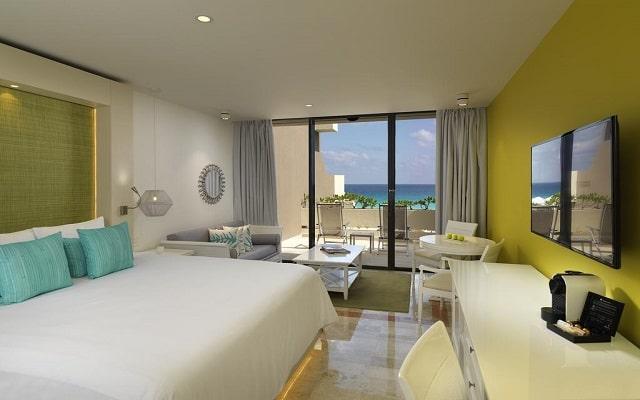 Hotel Royal Service By Paradisus Cancún, luminosas habitaciones