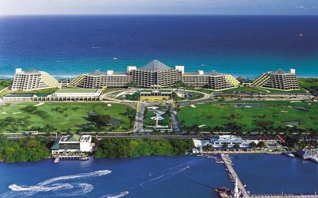 Hotel Royal Service By Paradisus Cancún, deportes acuáticos en la marina