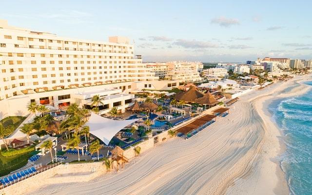 Hotel Royal Solaris Cancún, se encuentra frente a la playa