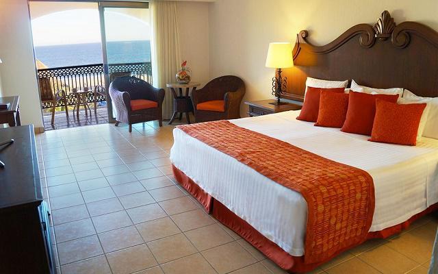 Hotel Royal Solaris Los Cabos algunas de sus habitaciones ofrecen vista al mar