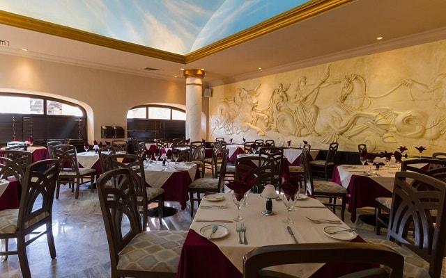 Hotel Royal Solaris Los Cabos, escenario ideal para tus alimentos
