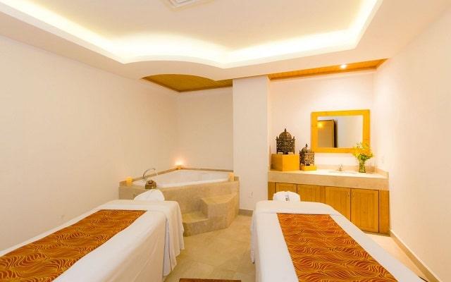 Hotel Royal Solaris Los Cabos, permite que te consientan con un masaje