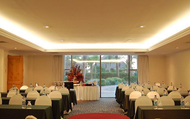 Hotel Royal Solaris Los Cabos ofrece salones para eventos
