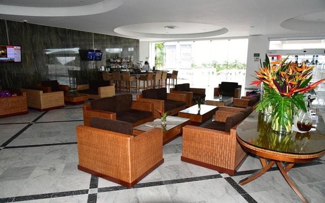 Hotel Royal Sunset Beach Resort, atención personalizada desde el inicio de tu estancia
