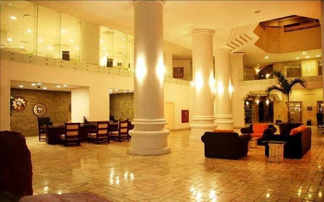 Hotel Royal Villas Resort, atención personalizada desde el inicio de tu estancia
